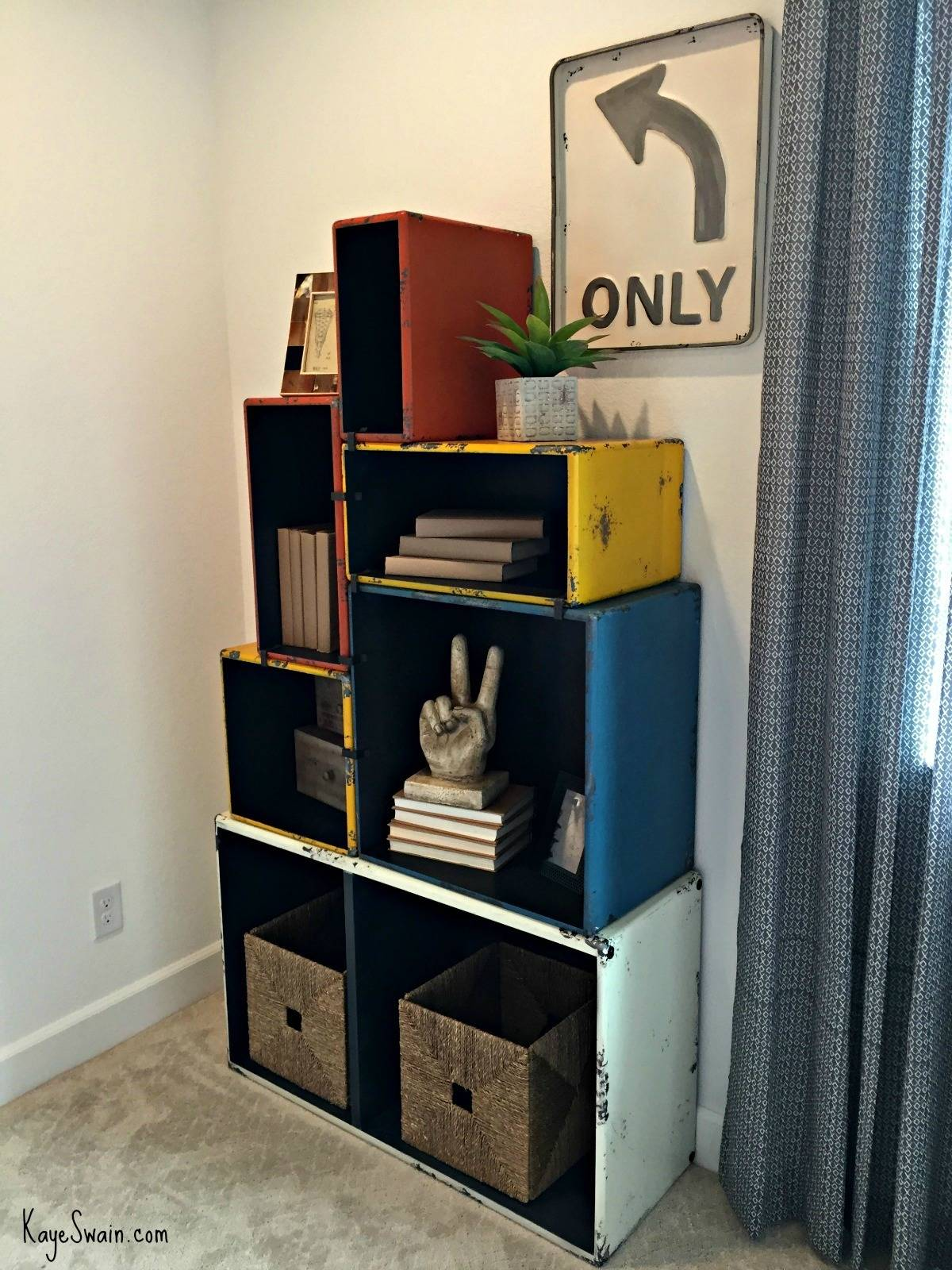 Kaye Swain Sacramento area REALTOR blogger sharing New Home construction model home staging decor in Roseville CA