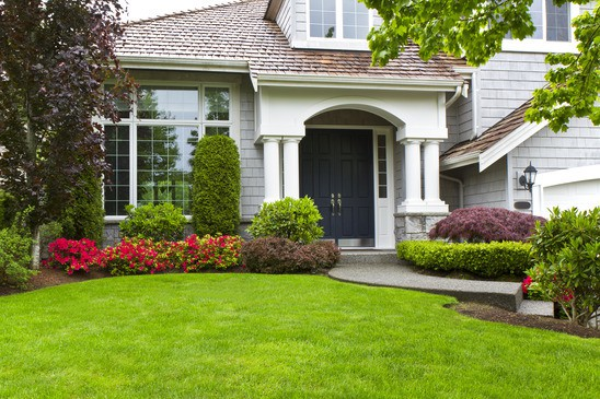 Front Yard curb appeal home buyers sellers owners
