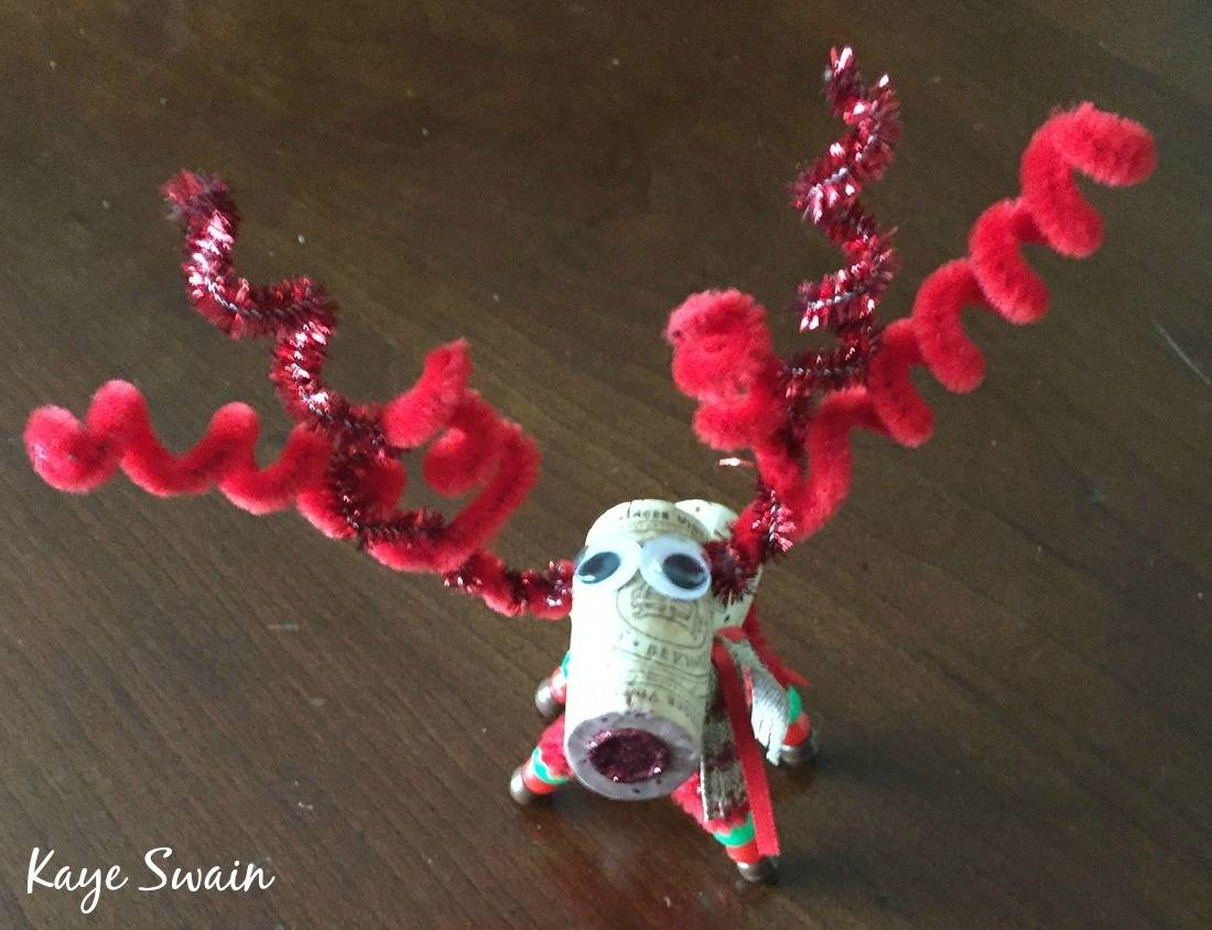 Roseville REALTOR Kaye Swain shares red Christmas Crafts from great clients