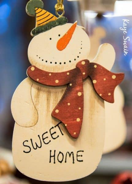 Roseville holiday craft fairs list via Kaye Swain