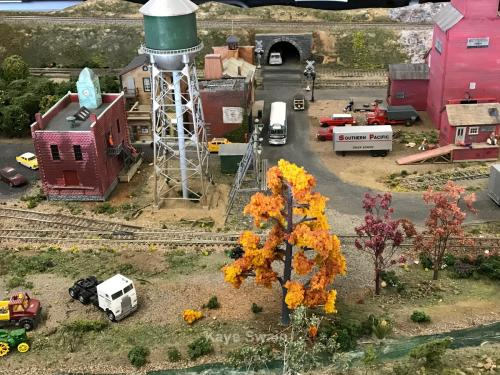 Roseville Roundhouse Model Railroad Club Visit autumn